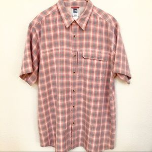 NWOT The North Face Button Up Shirt Xl